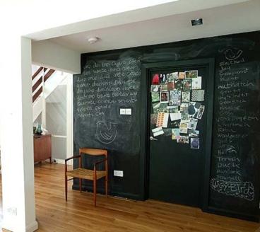 stuccohouse_chalkboard_paint15